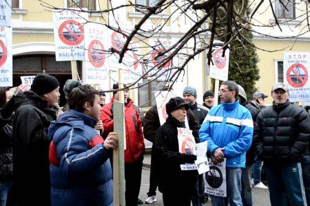 Proteste la Baile Felix impotriva exploatarii gazelor de sist